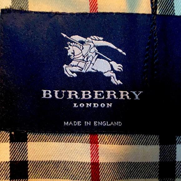 Burberry Rain coat- Ladies Size 6